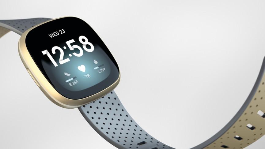 Fitbit Versa 3 y correa deportiva