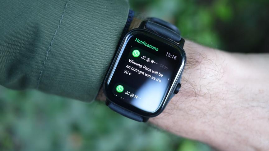 Amazfit GTS 2 mostrando notificación