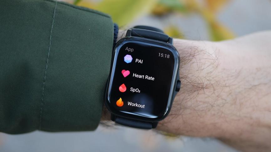 Amazfit GTS 2 v Fitbit Versa 3: relojes de fitness comparados