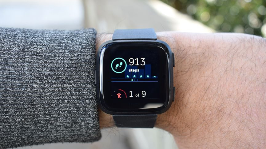 Fitbit Versa 2 v Fitbit Versa: seis diferencias entre relojes inteligentes