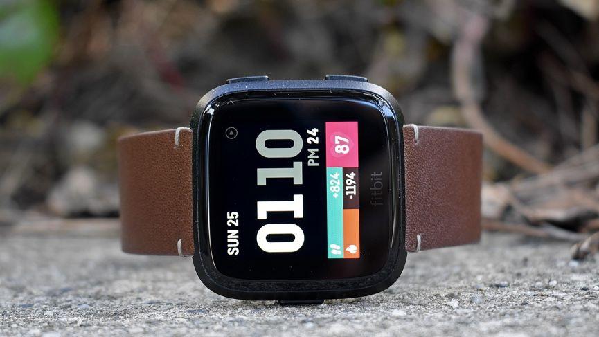 Fitbit Versa 2 v Fitbit Versa: X diferencias importantes entre los rastreadores de actividad física