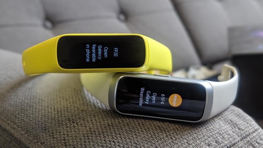 Samsung Galaxy Fit v Fitbit Inspire HR: cuatro diferencias entre los rastreadores
