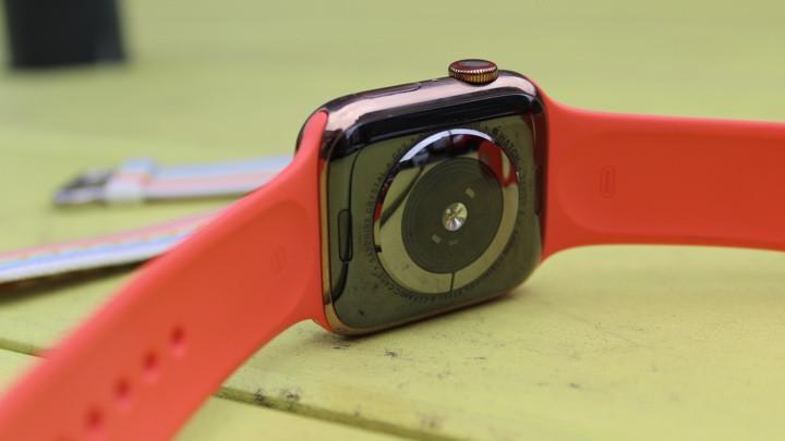 Cómo cambiar una correa de Apple Watch