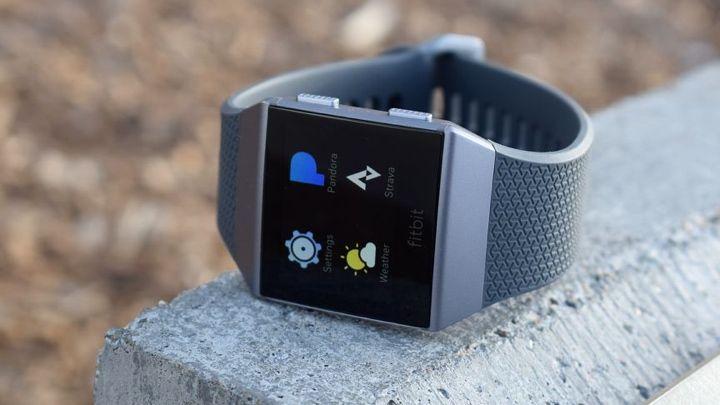 Fitbit Ionic v Fitbit Versa: cómo se compara el dúo de relojes inteligentes de Fitbit