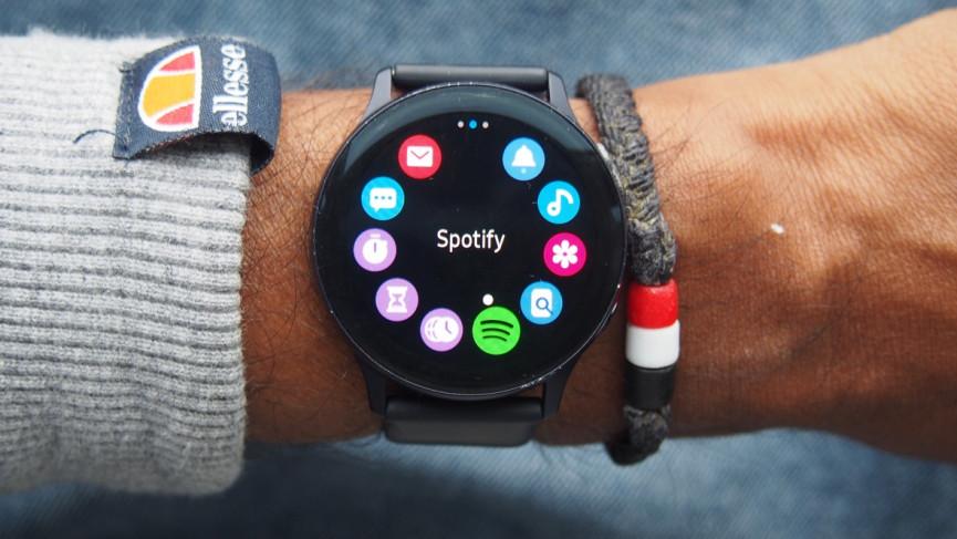 Actualizar el reloj inteligente Samsung Galaxy Watch desde el reloj